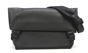 青木鞄 la GALLERIA 口折れショルダーバッグ メンズ 本革 Dorso A4